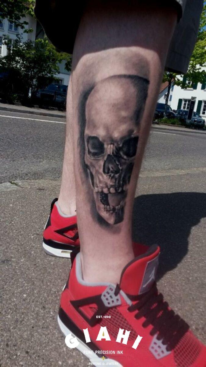 Angry Yelling Skull tattoo by Goran Petrovic