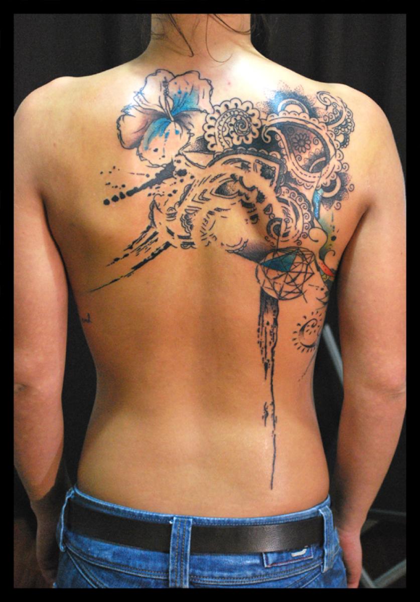 Blade Back Mehendi tattoo by Live Two