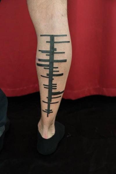 Leg Lines Blackwork tattoo by Skin Deep Art