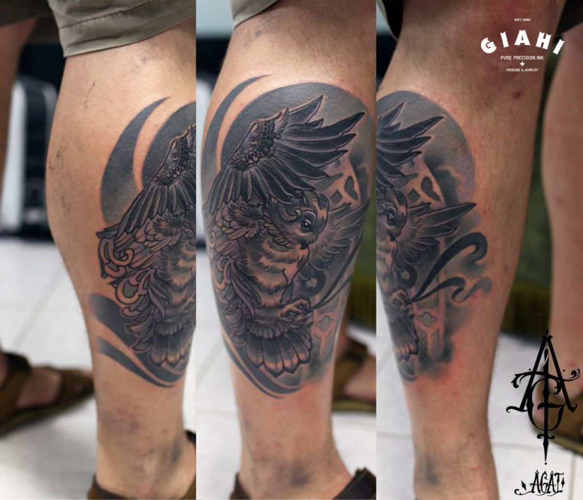 Owl in Attack Graphic tatoo by Agat Artemji