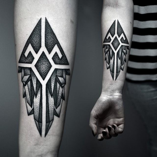 Dotwork Symbolic Crystals tattoo by Kamil Czapiga