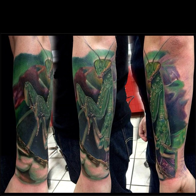 Great Real Mantis Arm tattoo