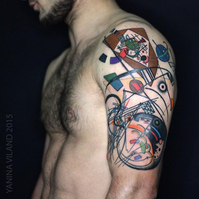 Cool Shoulder Tattoo