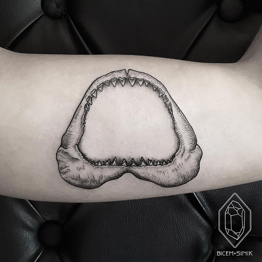 Jaws Tattoo
