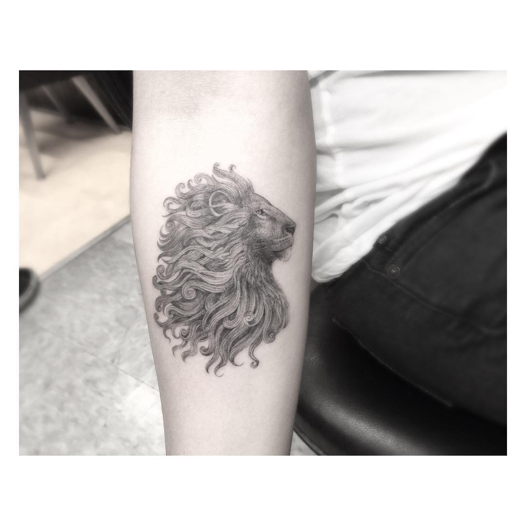 Lion Crest Tattoo