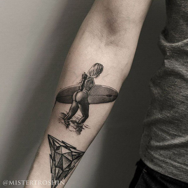dotwork tattoo serfing girl