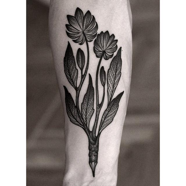 flowers tattoo dotwork