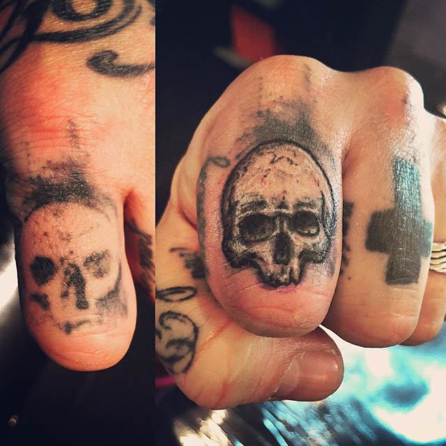 Finger Skull Tattoo Cover Up by Iolanda Leali