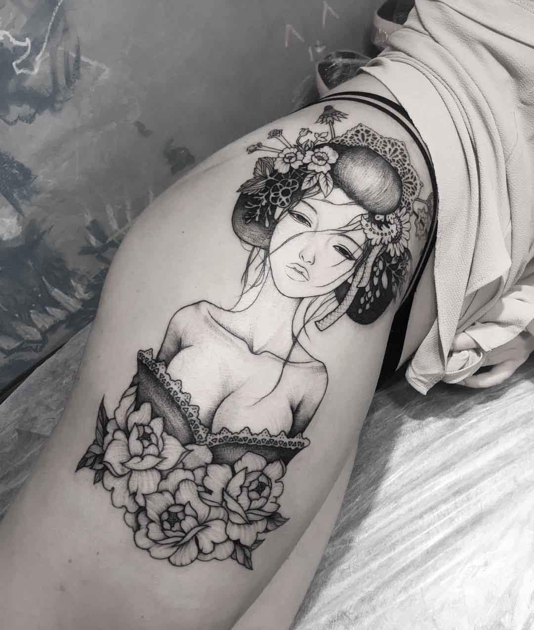 hip tattoo girl geisha