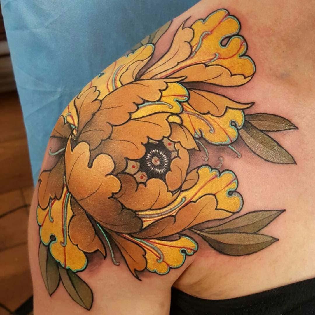 shoulder flower tattoo Japanese