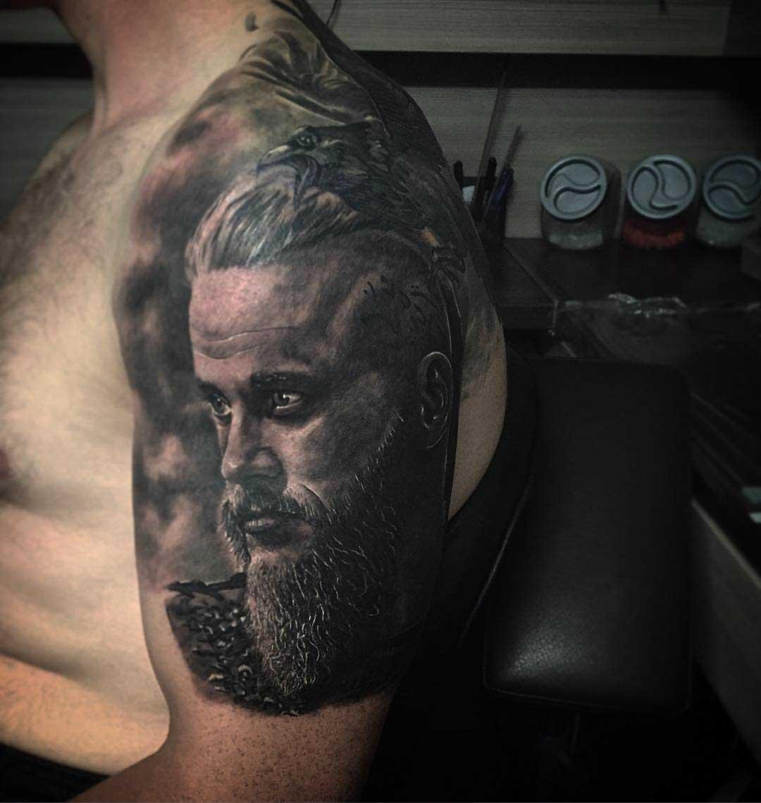 Viking Tattoo Ragnar Lodbrok