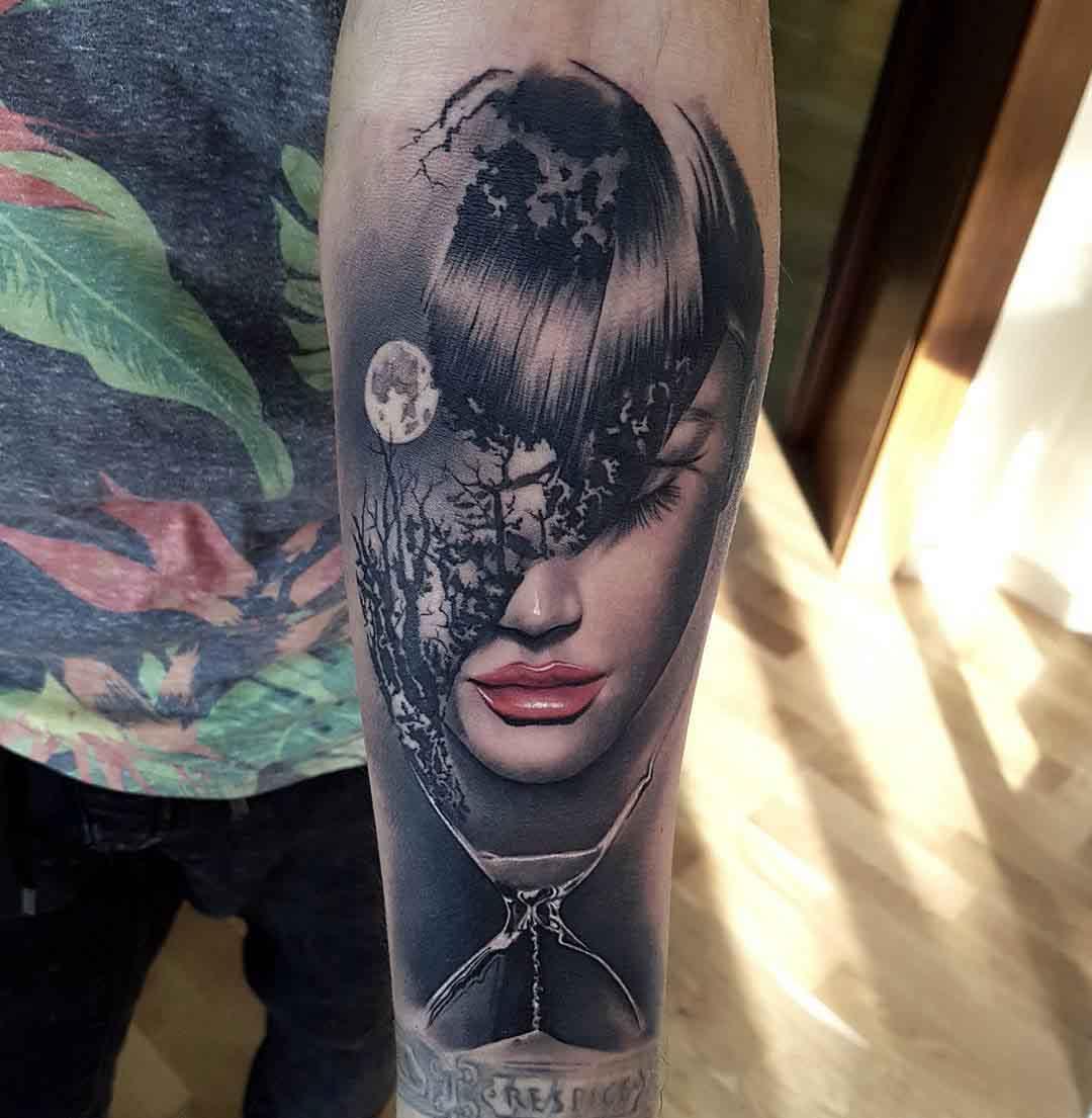 time hourglass realistic tattoo