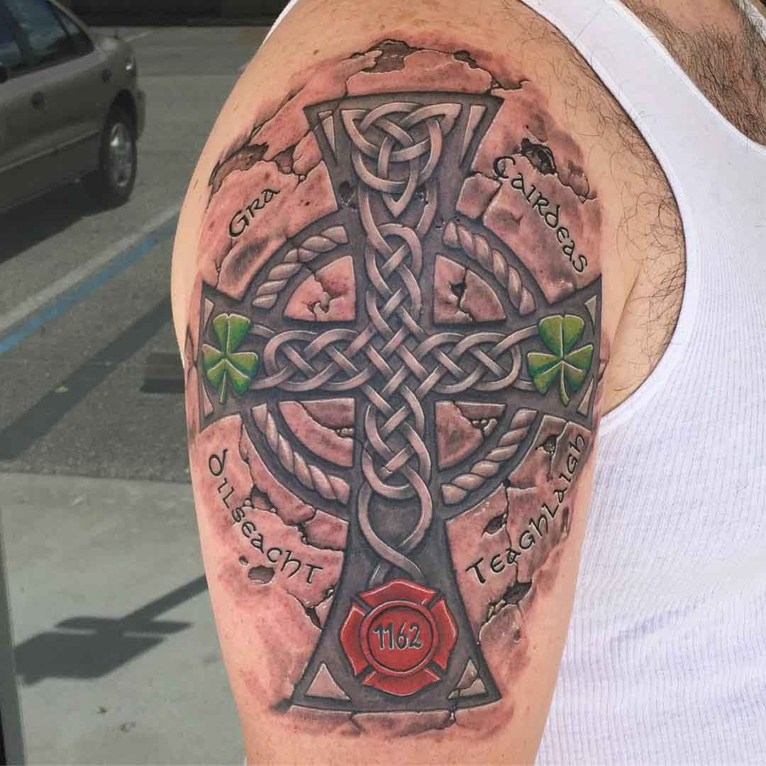 shoulder tattoo celtic cross