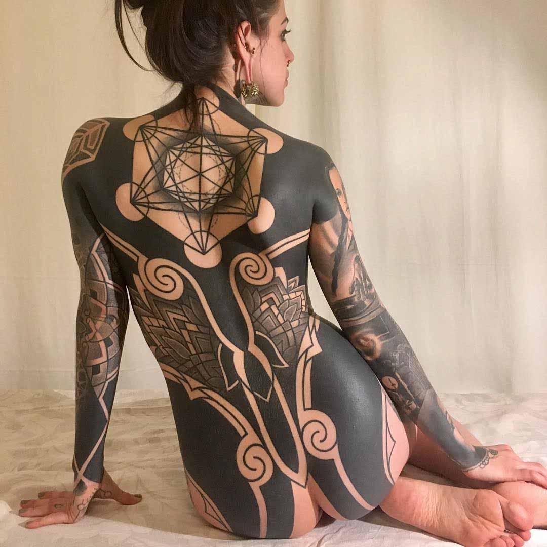 blackwork tattoo girl