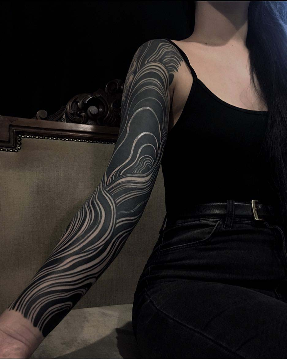 blackwork tattoo sleeve